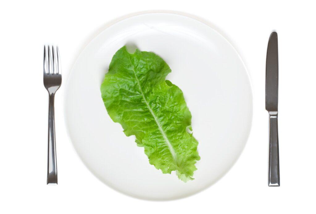 Diety odchudzające nadal kojarzą nam się zdużymi wyrzeczeniami. Czytak jest? Zdecydowanie nie!
